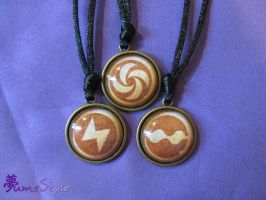 LttP Medallion Necklaces by Sarinilli