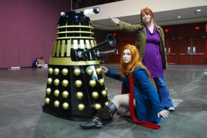 The Gingers love the Daleks by moonflower-lights
