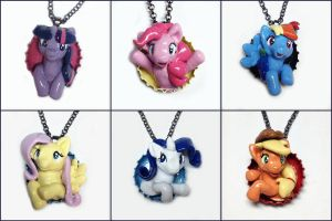 My Little Pony Pop-Out Bottle Cap Necklaces by LeiliaK