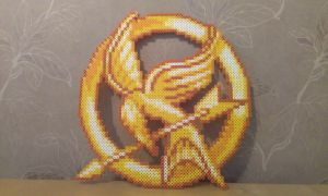 Mockingjay with perler beads by RavenTezea