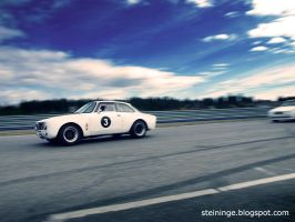 Alfa Romeo GTAm on the run by Stoelen7