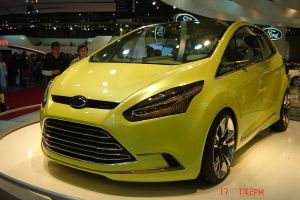 Ford Iosis Max by lauti97