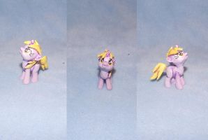 MLP FiM custom blindbag filly: Dinky! by vulpinedesigns