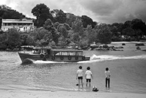 Singapore Water Taxi 1968 by Vincent-Malcolm