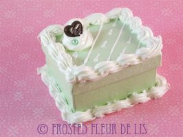 Minty Chocolate Heart Cake Box by FrostedFleurdeLis