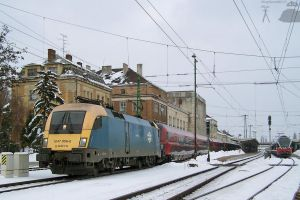 1047 006-0 with Railjet in Gyor by morpheus880223