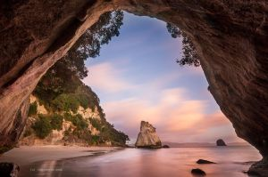 Cathedral Cove by chrisgin