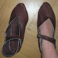 Shoes 13th century by Celefindel