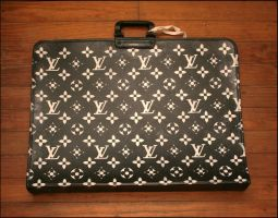 Louis Vuitton Portfolio by truemarmalade