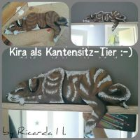 Kira *my Dog* als Schild *Selfmade* by MoondragonEismond