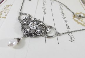 Bride of Marsilikos Necklace no.1 by DesireeMorte