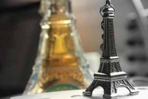 dreaming of paris by mihmann