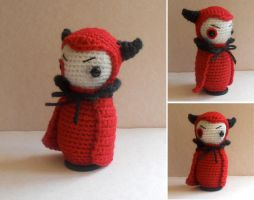 The devil wears yarn by missdolkapots