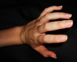 Hand poses 22 - Foreshortening by stockyourselfout