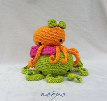 Summer Time Octopi by SailorMiniMuffin