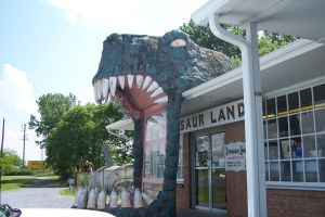 Dinosaur Land: Gift Shop/Entrance by DinoLover09