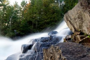 Algonquin Park - Ragged Falls by knilch