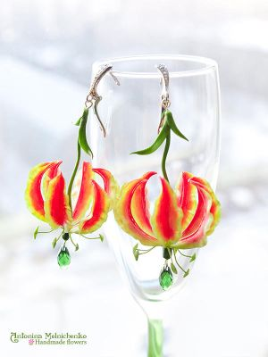 Earrings 'Gloriosa Lily' - Polymer Clay Flowers by CraftFlowers