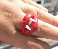 vampire ring by GirlOfTheOcean