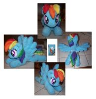 Rainbow Dash plushie by Helgafuggly