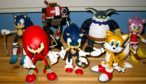 ReSaurus Sonic Adventure Figure Set by MizukiiMoon