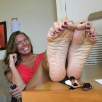 Mikayla Miles soles table by lowerrider