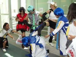 AX 09: KAITO ABUSE. by Jei-Muffin