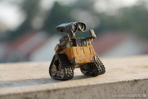 WALL E 2 (Original Version) by im-sorry-thx-all-bye