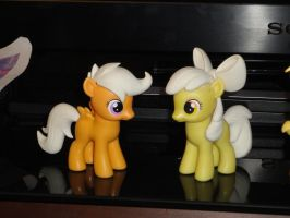 Apple Bloom Finished Sculpt and Scootaloo WIP by OtakuSquirrel