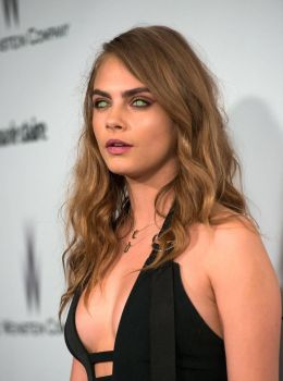 Cara Delevinge Mindless and Mesmerized by hypnospects