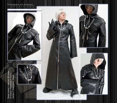 OrgXIII coat : small zip+hood by 8-13