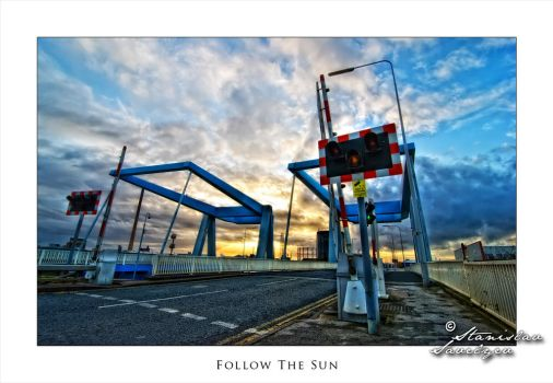 Follow The Sun by deliverinsanity