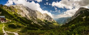 mountain view II by stachelpferdchen