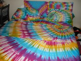 tie dye bed by xDeathlyBeautyx