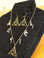 Harry Potter Inspired Charm Necklace and Earrings by Chudames