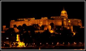 ..:Budapest at night:.. by Nailo