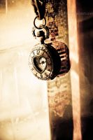 Watch The Time by Metusine