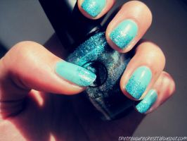 Ombre Glitter Nails by IoanaZ