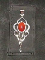 Silver pendant with karneol by seralune