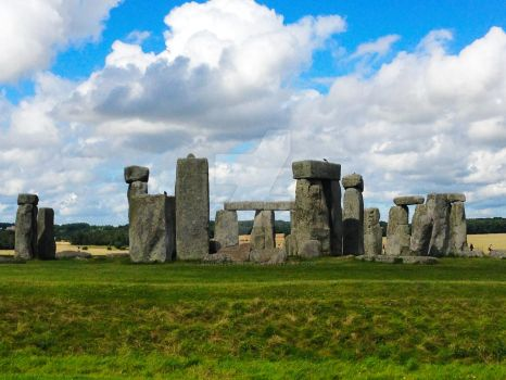 Stonehenge Afternoon by TangentExpress