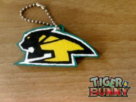 T and B Tiger logo keychain by Clare-Sparda