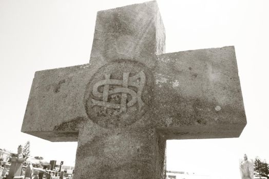 GraveyardCross by SerenityPhotography8