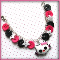 Skull Kitty Button Bracelet by SugarAndSpiceDIY