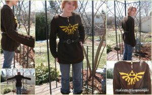 Knit Legend of Zelda Hylian Sweater by RTakeshi