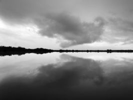 Symmetry by Vonjuntz
