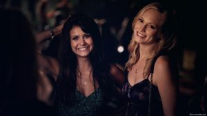 Nina Dobrev with Candice Accola TVD S5 by 2micc
