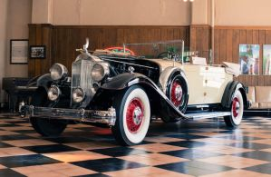 1932 Packard Twin Six Phaeton by Murphy by PLutonius