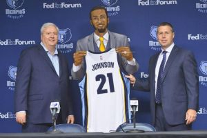 New Grizz Signing by SlimmmGoodie