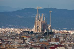 Sagrada Familia by imaagination
