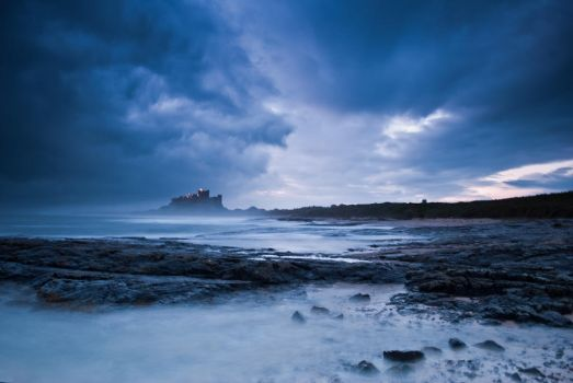 Bamburgh Castle or Camelot by svendo